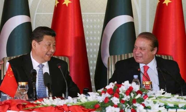 xi jinping becomes first chinese prez to address pak