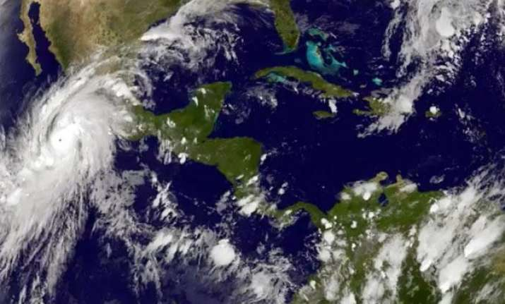 hurricane patricia hits coast of mexico