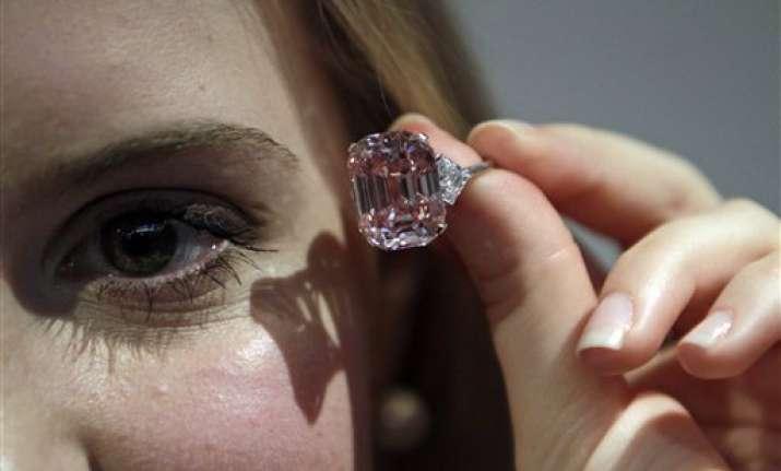 pink diamond sells for record 46 million