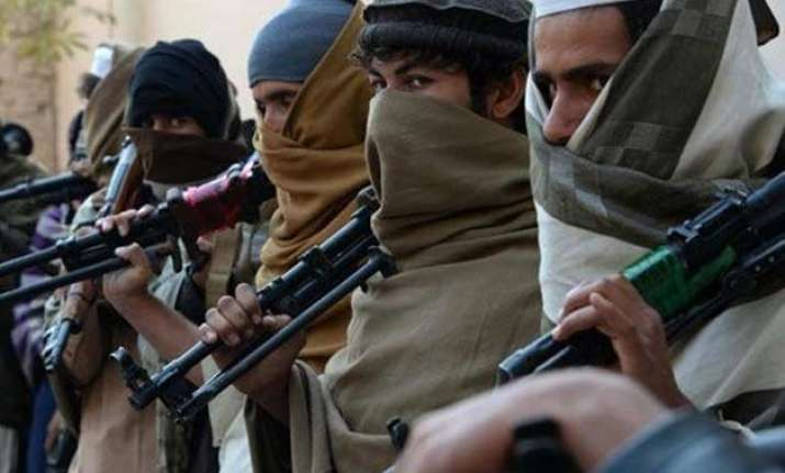pakistan arrests taliban militants foils terror attack on