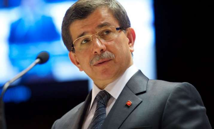 turkish pm slams us over possible talks with syria s assad
