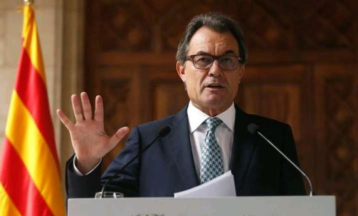 catalan president seeks consensus among nationalists