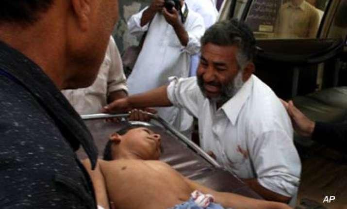 four killed 12 injured in pak blast