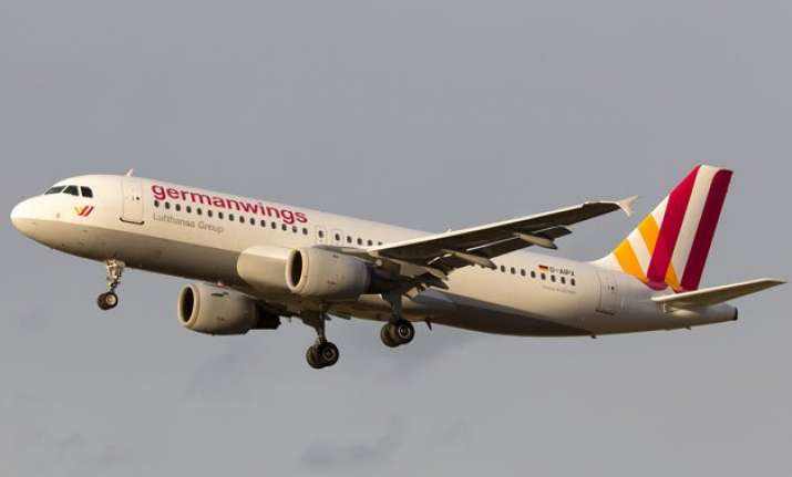 germanwings forced to cancel 7 flights
