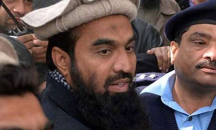 zaki ur rehman lakhvi walks free from pak jail