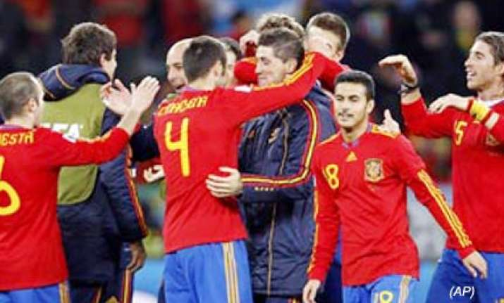 villa scores for spain in 1 0 win over portugal