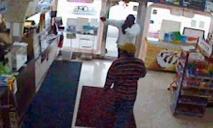 hyderabad student shot dead in us store robbery