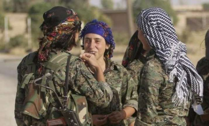 kurdish female fighter blows up herself at isis gathering