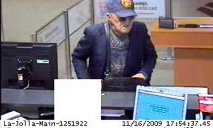 old man commits bank robbery in usa for 10th time