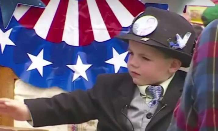meet james tufts 3 year old mayor of us town
