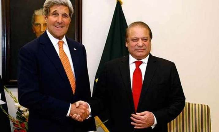 john kerry meets nawaz sharif voices support for pakistan