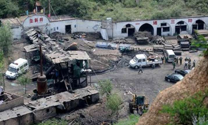 29 killed 14 trapped in mine accidents in china