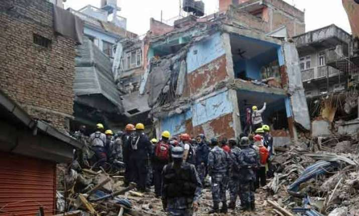 as tremors continue toll reaches 8 567 in nepal