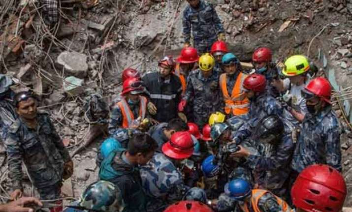 overshadowed nepalese army wants foreign rescue teams to be