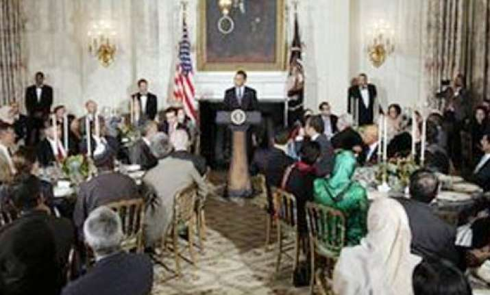 at iftaar party obama supports building of mosque near