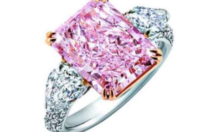 Worlds 10 most expensive wedding rings world news india tv world s 10 most expensive wedding rings junglespirit Gallery