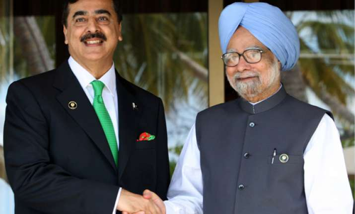 india pak extend deal on cutting risk of nuke weapon