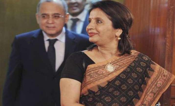 india pak foreign secys discuss kashmir
