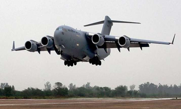 indian air force gets second boeing globemaster heavy lifter