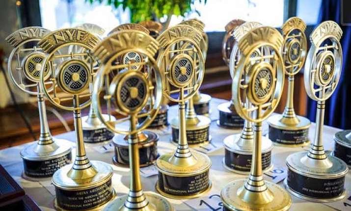 indian origin woman honoured with international radio award