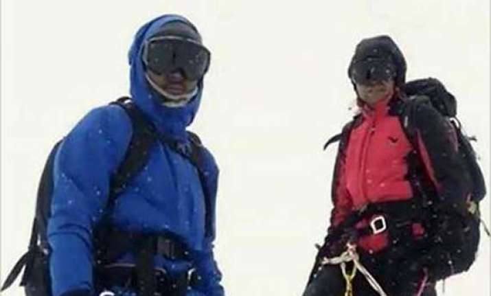 indian teens felicitated in nepal for climbing mount everest