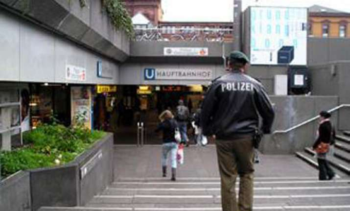 indian student attacked by salafists in germany discharged