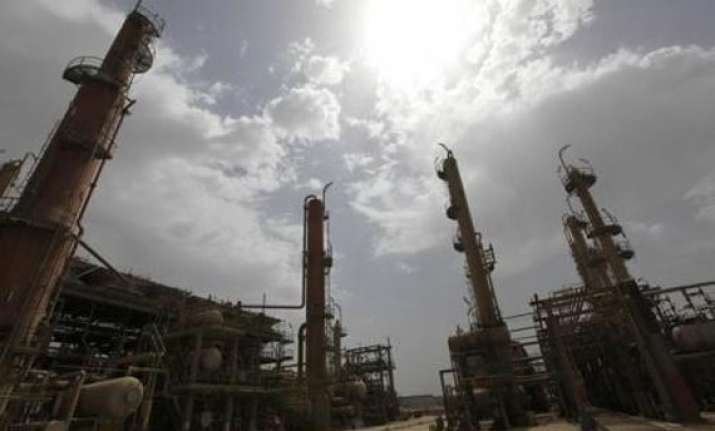 iran offers oilfield pipeline to india for raising oil