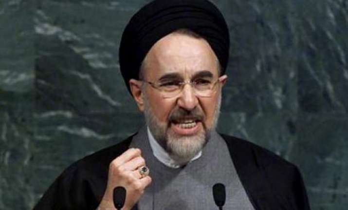 iran s ex president wants opposition leaders freed