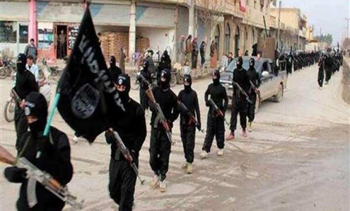 iraq crisis baghdad asks us to launch air strikes against