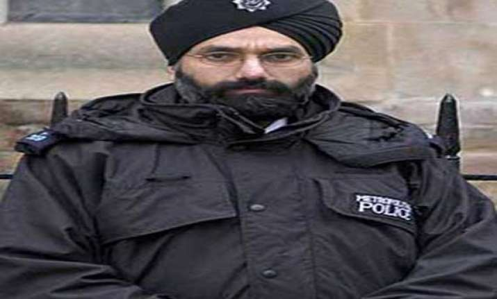 irish court rejects sikh man s plea to wear turban on duty