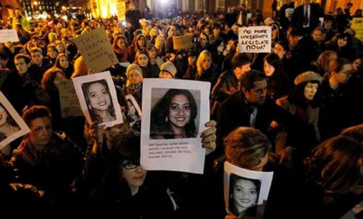 irish govt must clarify on abortion issue amnesty