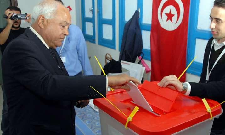 islamists claim lead in landmark tunisia vote