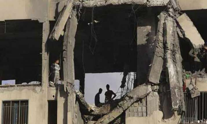 israeli airstrike hits hamas leader s house in gaza
