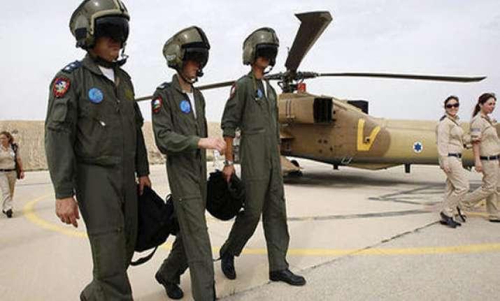 israeli pilots court martialled over secret data on mobiles