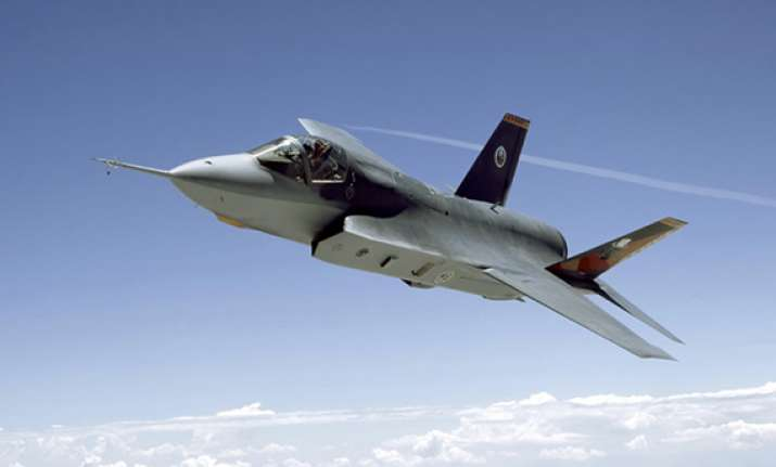 japan chooses f 35 as mainstay fighter jet
