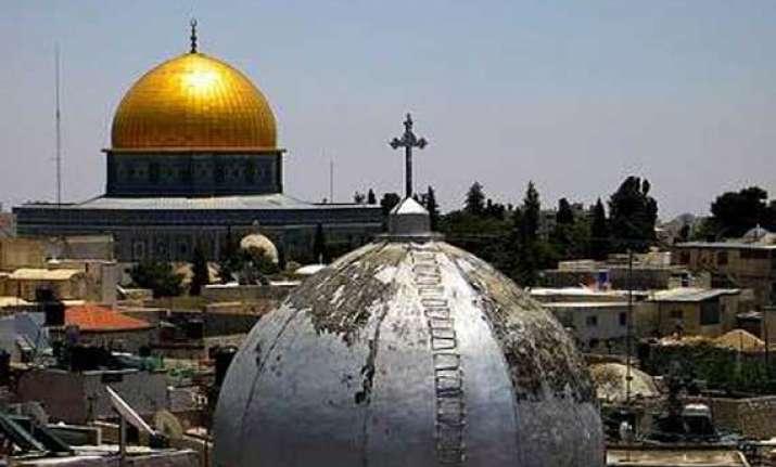 jordan vows to protect holy sites in jerusalem