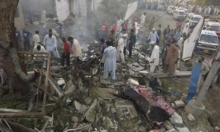 karachi weeklong violence death toll goes up to 90