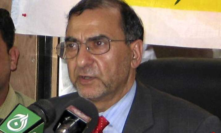 kashmiri separatist leader fai put under house arrest
