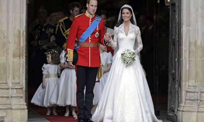kate triumphs in fairytale sarah burton dress