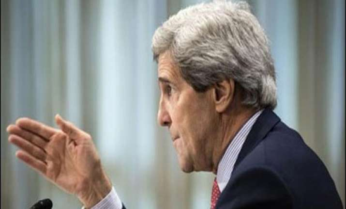 kerry hoping to improve us pakistan relations