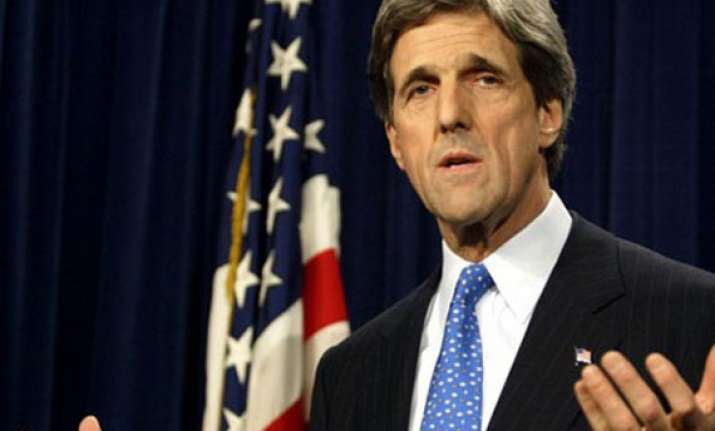john kerry invites sushma swaraj to visit us