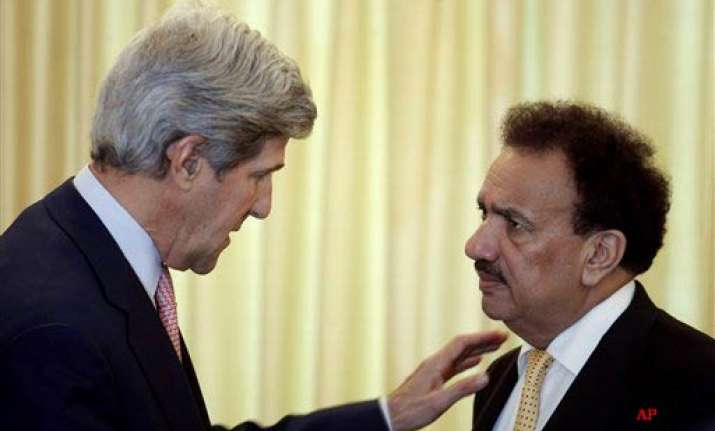 kerry says us expects more from pak to fight terror groups