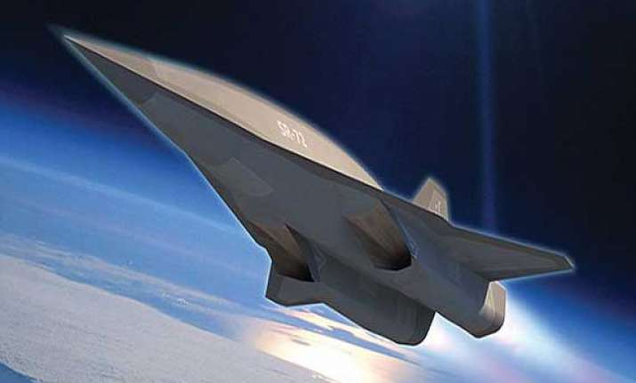 know about sr 72 spy plane that can traverse a continent in