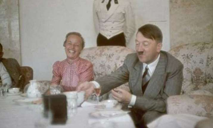 know the mystery about adolf hitler s missing billions that