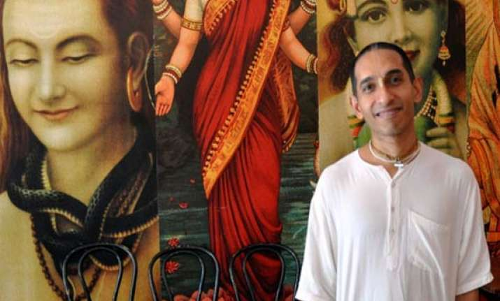 krishna devotee from mumbai rasanath das leading occupy