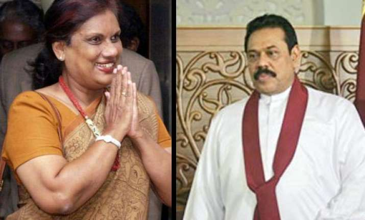 kumaratunga asks rajapaksa to share power with tamils