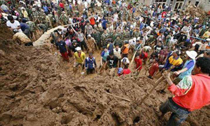 landslide kills 4 people in eastern indonesia