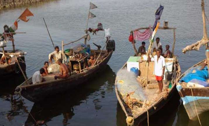 lanka awaits india response on talks to solve fishermen