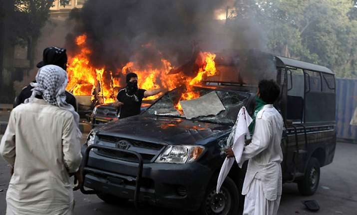 33 killed as protests continue in muslim countries over
