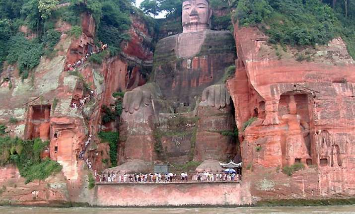 leshan giant buddha the largest stone statue in the world